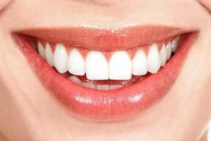 Протезирование зубов из металлокерамики Картинка 2